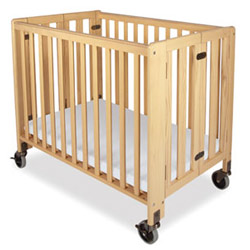 Full Size Natural Foldable Crib