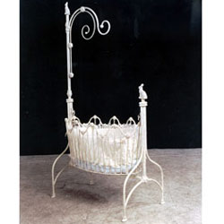 High Post Bunny Rabbit Iron Baby Cradle