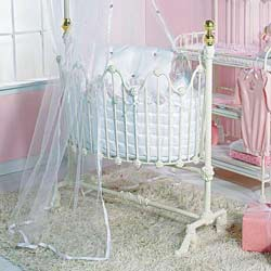 Dynasty Cradle Bedding